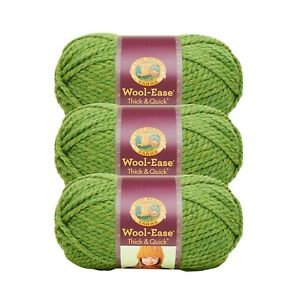 Pack of 3 skeins Oatmeal Lion Brand Yarn 640-123 Wool-Ease Thick /& Quick
