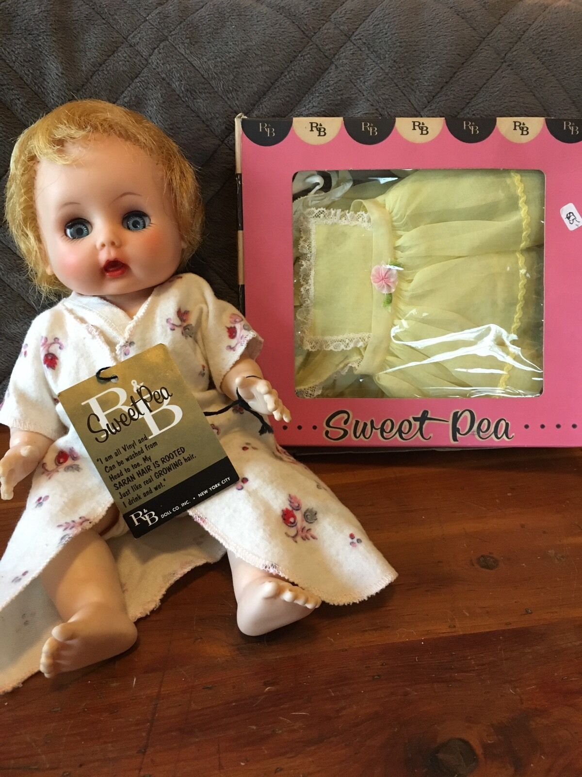 Collector Items  Vintage NWT Arranbee R&B Sweet Pea Drink Wet Doll & Clothing