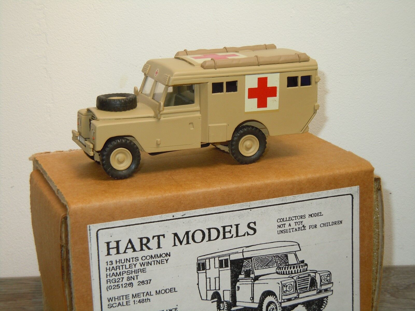Land Rover Ambulance Series 111 HT26 - Hart Models England 1 48 in Box 34379