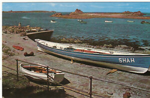 Postcard-A-PILOT-GIG-ST-AGNES-SCILLY-FILE-REFERENCE-A8