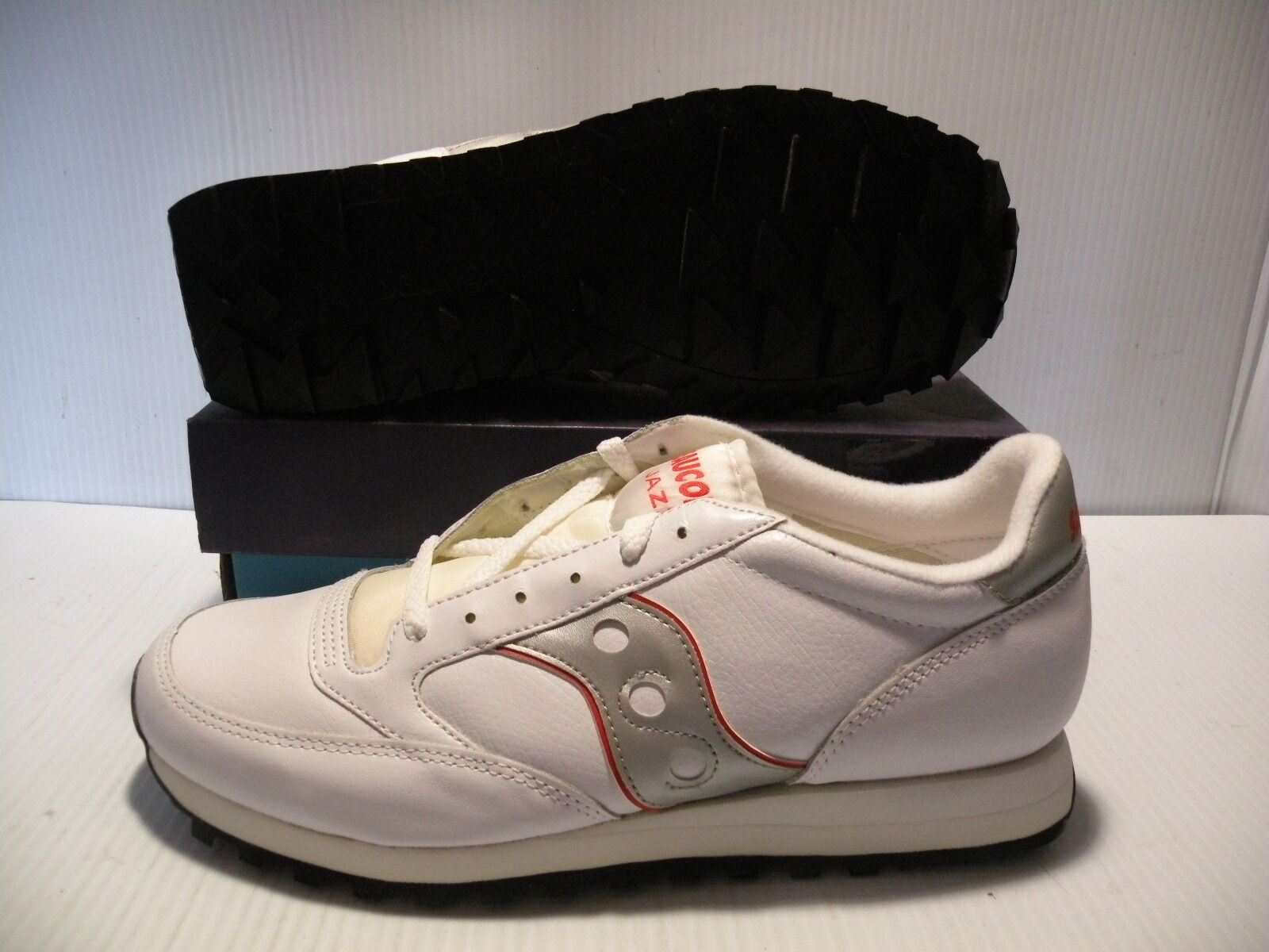 SAUCONY ORIGINAL LEATHER LOW SNEAKERS MEN SHOES WHIT SILVER 084-9 SIZE 12 NEW