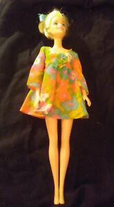BARBIE-CLOTHES-1960-1966-INC-DARK-WIG-amp-EXTRA-HEAD-w-SHORT-HAIR-19-PIECES