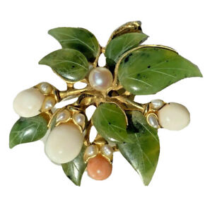 Carved Coral Green Jade Seed FWP Pearl Gold Pltd Vintage Brooch Pin Berry Branch