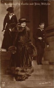 CPA-AK-Kronprinzessin-Cecilie-v-Preussen-Prinz-Wilhelm-GERMAN-ROYALTY-867635