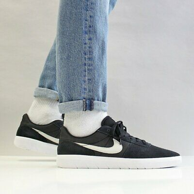 NIKE SB TEAM CLASSIC Trainers Suede