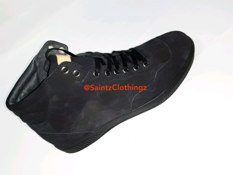 @SaintzClothingz (Replay sneakers)