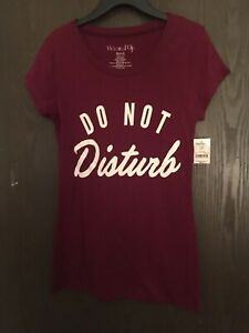 EH WOUND UP JUNIORS/' SHORT SLEEVE GRAPHIC T-SHIRT NWOT