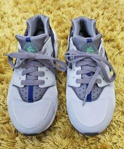 Euc Older Boys Girls Grey \u0026 Navy Nike