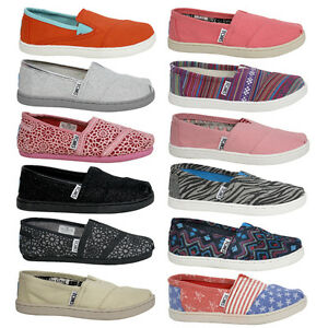 0899b68514 Details about Toms Espadrilles Classic Slip On Textile Youth Boys Girls  Shoes