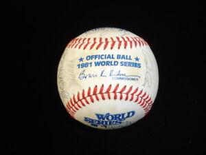 1981 Los Angeles Dodgers World Champions Team Signed WS Baseball 14