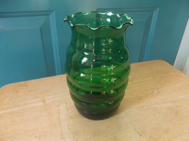 Vintage Beehive Shaped Green Glass Flower Vase With Ruffled Top Ebay