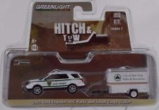 Hitch & Tow 2015 Ford Explorer NYC Parks & Small Cargo Trailer 1:64 Greenlight