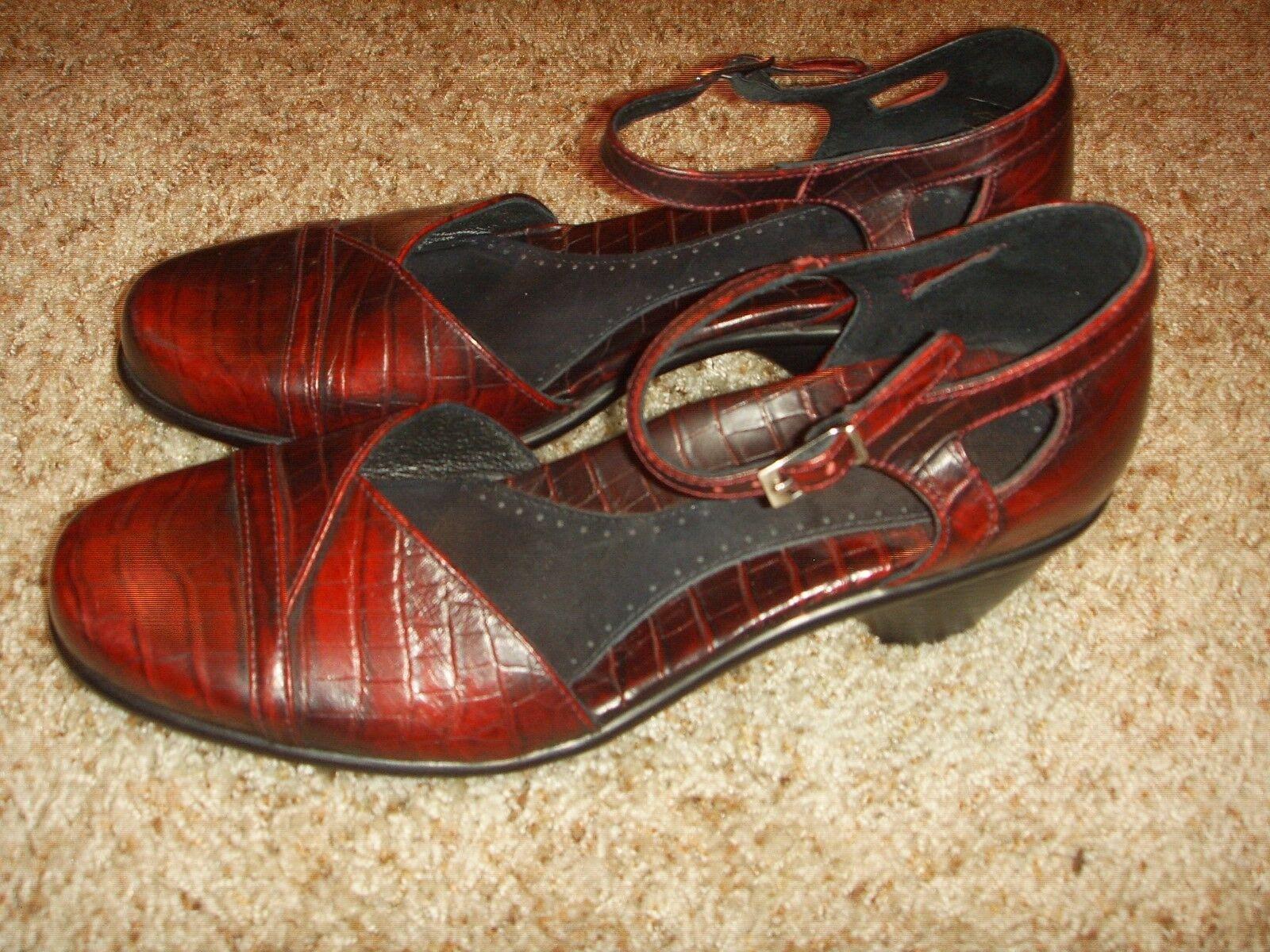 DANSKO Roxy Croc Pattern Ankle Strap Heels Womens Size 40