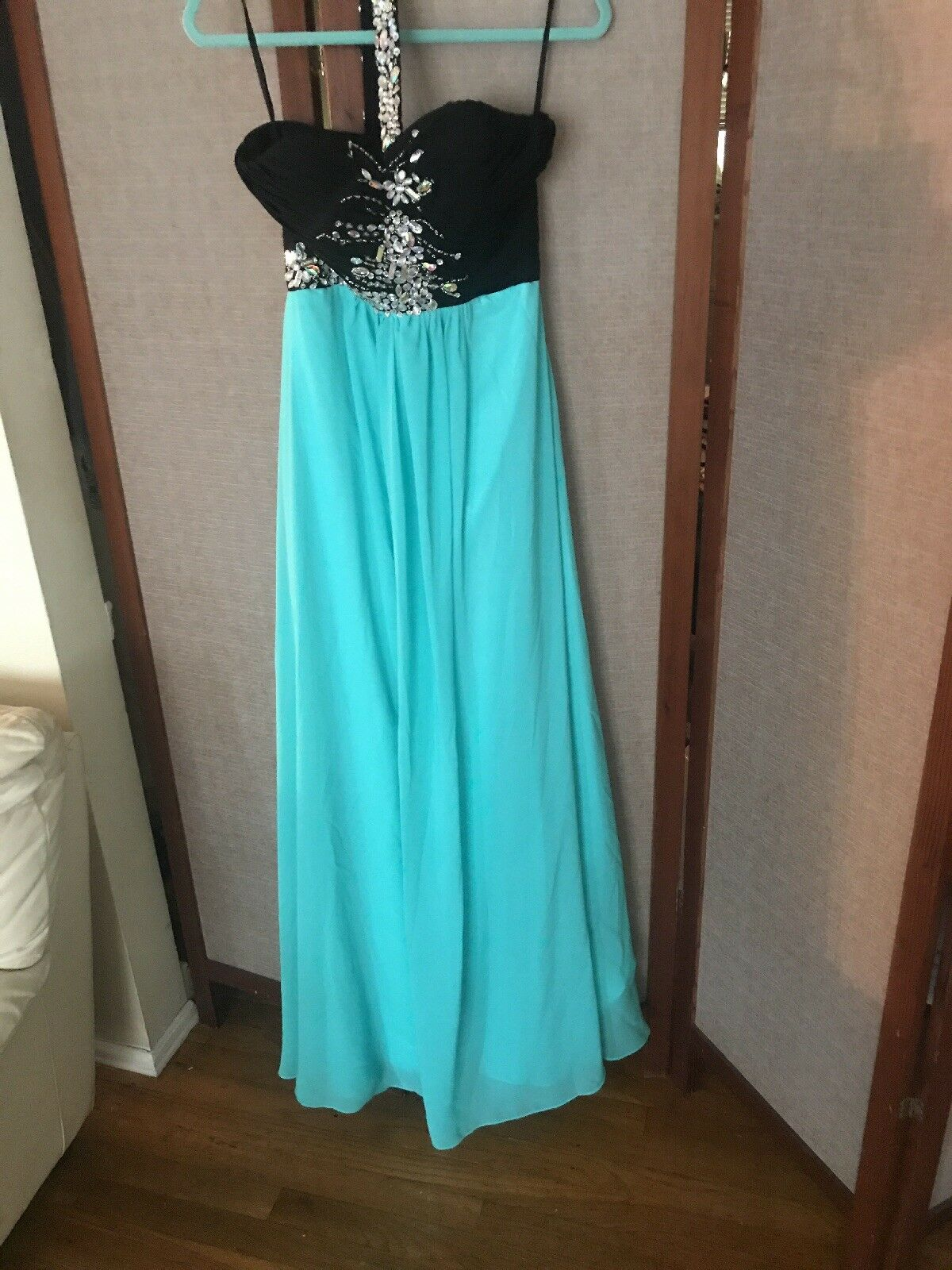 One Shoulder Evening Gown Aqua/black With Iridescent Crystals NWT size Small