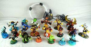 Big-Lot-of-Older-Skylander-Game-Figures-With-USB-Portal
