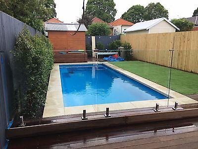 FRANKS POOLS 5.2 x 3.0mtrs / Fibreglass Swimming Pools ...