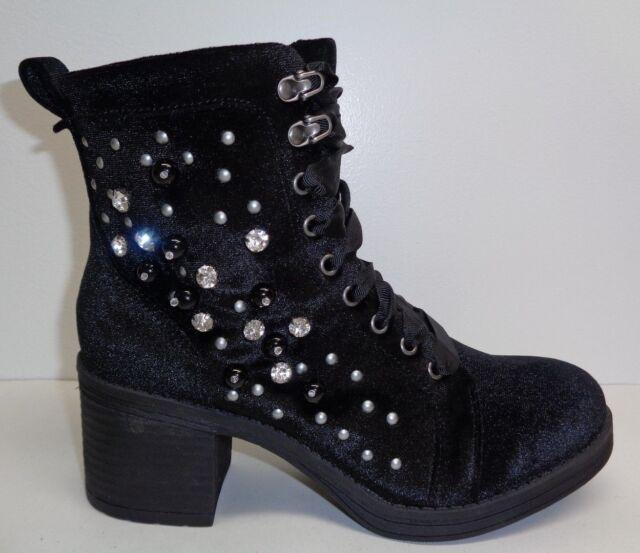 193d85f7b02 Steve Madden Girl Size 6.5 Veera Black Velvet Ankle Heel BOOTS Womens Shoes