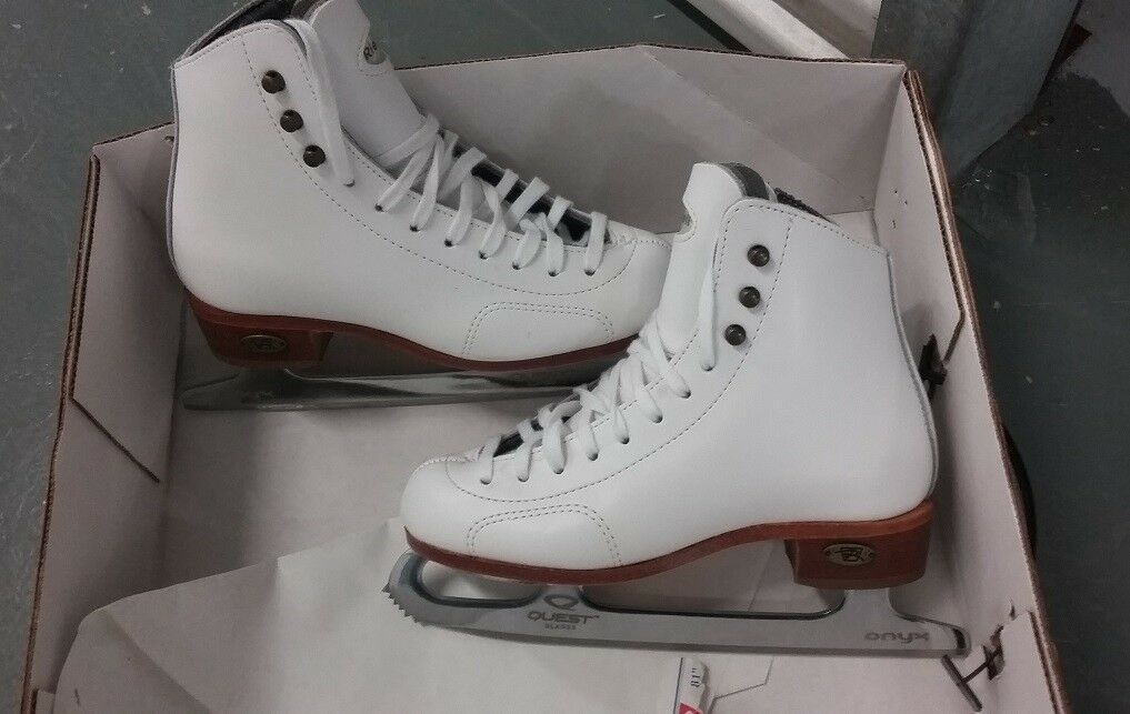 New, Never Used Riedell Model 28 size 13.5 M
