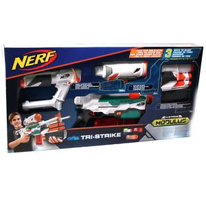Hasbro B5577 NERF N-Strike Elite Modulus Tri-Strike Blaster Darts und Rakete NEU
