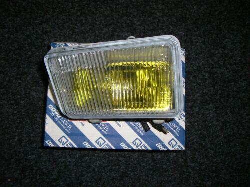 Faros antiniebla derecha amarillo fog light right Yellow Lancia Delta Integrale