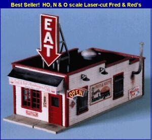 Blair-Line-190-Fred-amp-Red-s-Cafe-Restaurant-H0-1-87-Laser-Cut-Holz-Bausatz