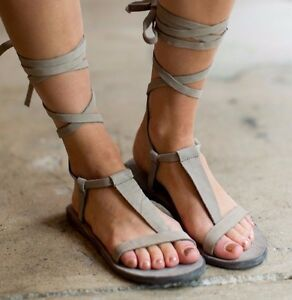 NEW PEOPLE FREE PEOPLE NEW Sz38 DAHLIA GLADIATOR LEATHER LACE UP SANDAL IN DOVE ... aa38a6