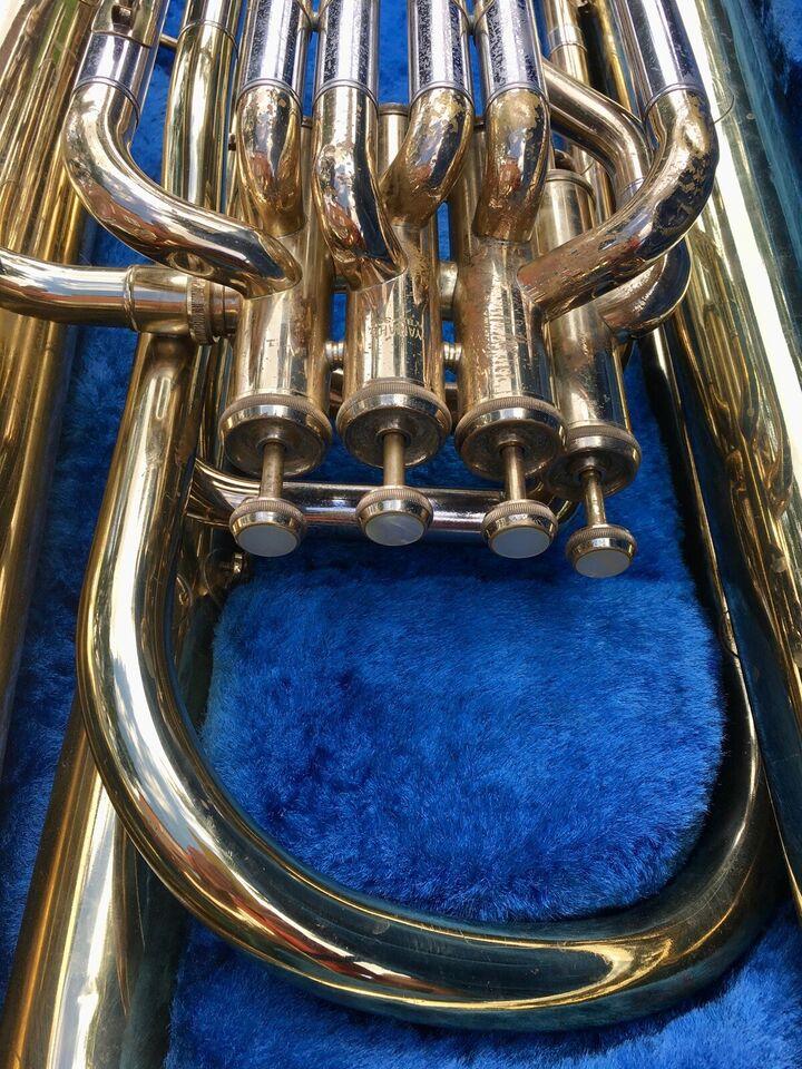 Tuba, Yamaha YBB 321