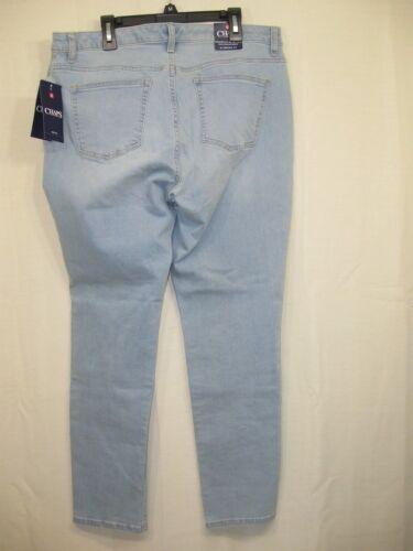 NWT  Chaps by Ralph Lauren Women/'s Slimming Fit Daniella Slim Light Blue Jeans