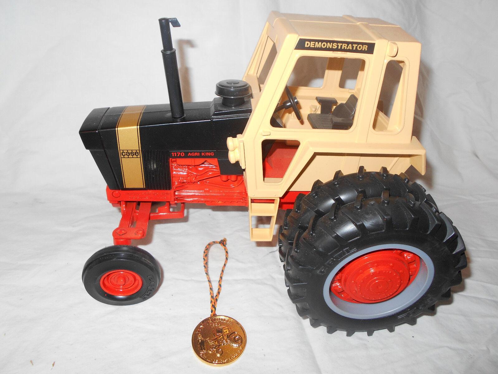 1996 ERTL 1 16 CASE Agri King 1170 oren Démonstrateur tracteur double roues NFTS