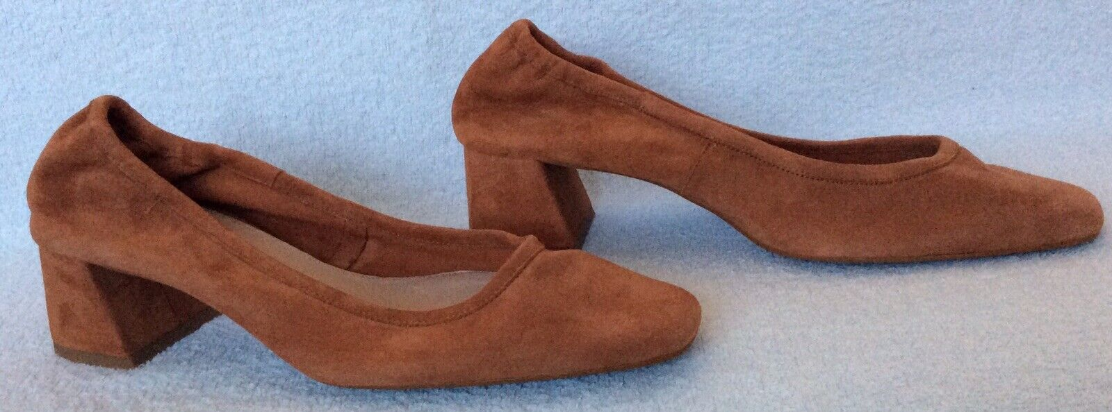 Topshop, Pumps, Heeled, Leather. Tan, faux suede. Stretch Size 5. Brand New