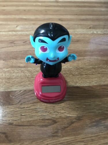 NEW FOR 2019 SOLAR POWERED DANCING DRACULA