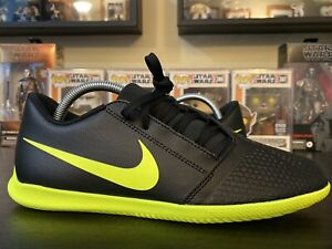 Nike-Phantom-Venom-Club-IC-Men-s-size-8-Soccer-Cleats-NEW-Black-Indoor-Volt