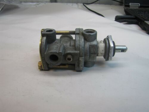 USED MACK SH BENDIX 20QE 1283R 20QE3139R BRAKE VALVE