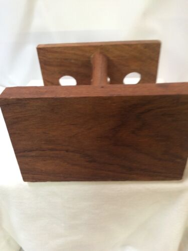 Vintage//new 3 Tobacco Smoking Pipe engraved Wooden Stand Rack Holder