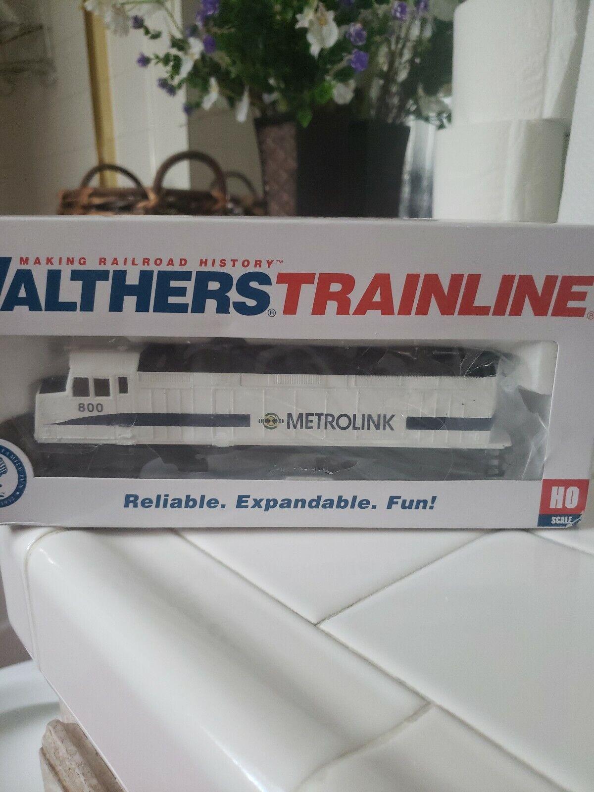 El ultimo 2018 Walthers Ho 931-403 Locomotora F40Ph, Metrolink 800 muy difícil difícil difícil de encontrar.  tienda