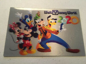 Walt-Disney-World-Parks-2020-Lenticular-Postcard-Mickey-Minnie-Goofy-Fab-5-NEW