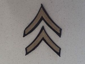 US-Army-private-first-class-chevrons-rank-insignia-matched-pair-Lot-B17