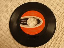 THE SHIRELLES  WHAT DOES A GIRL DO/DON'T LET IT HAPPEN TO US SCEPTER 1259