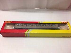 Hornby-R4332-RailRoad-LNER-Teak-Composite-Coach