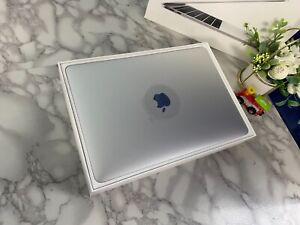 "Apple MacBook Pro 13"" silver i5 2.3Ghz 8GB 256GB (Late 2017)A+Grade 12M Warranty"