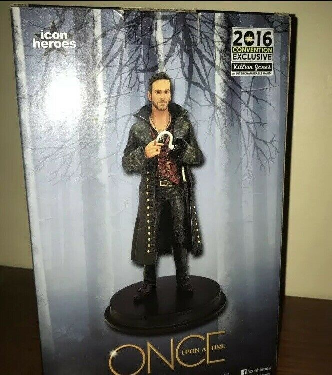 Signed Comic Con Exclusive Figure - Once Upon A A A Time Captain Hook d3c7cf