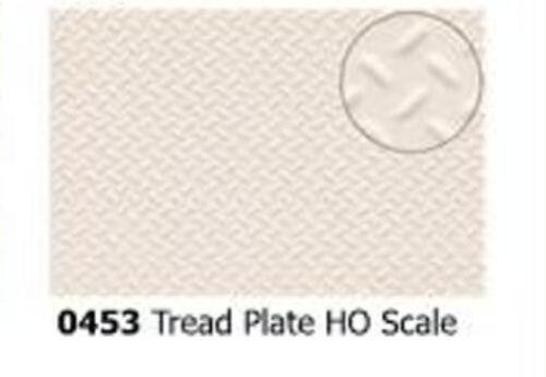 Slaters 0453 0.5mm x 300mm x174mm HO = 1:87 Scale Treadplate Grey Plastikard