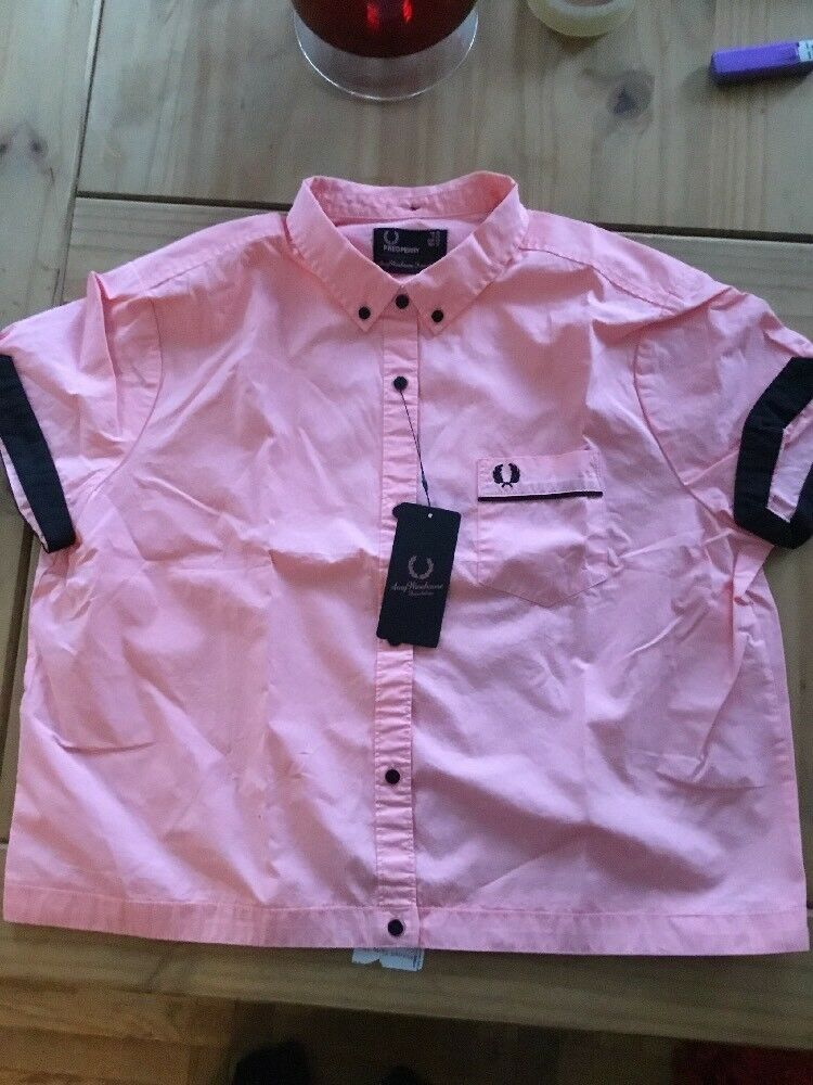 BNWT AMY WINEHOUSE WINEHOUSE WINEHOUSE FRED PERRY rosa Bowling Camicia Taglia 16 51d87f