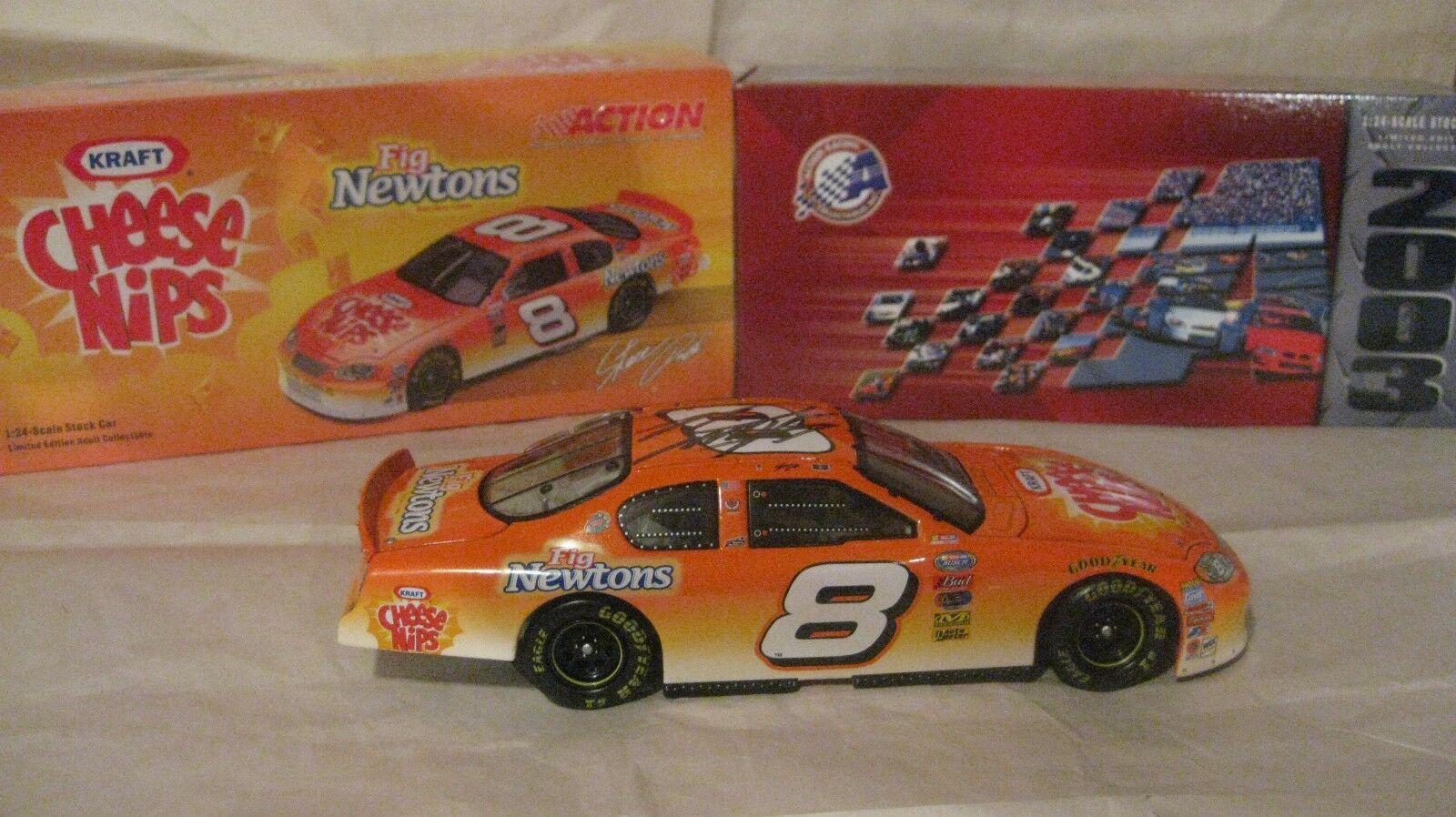 LE Nascar Steve Park Signed Cheese Nips Monte Carlo 1 24 Scale Diecast 2003