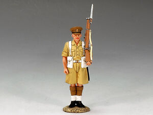 King (and) & Country  EA039 - Coldstream Guardsman Shoulder Arms - Retired