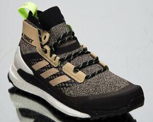 Adidas-Terrex-Free-Hiker-Savannah-Core-Schwarz-Signal-gruen-Herren-Wanderschuhe