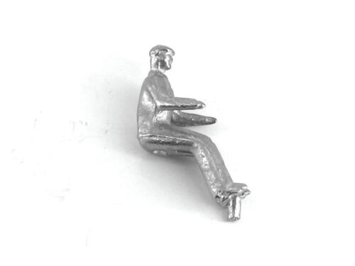 Dinky-SparesDinky 27a//300 Tractor DriverUnpaintedWhite Metal