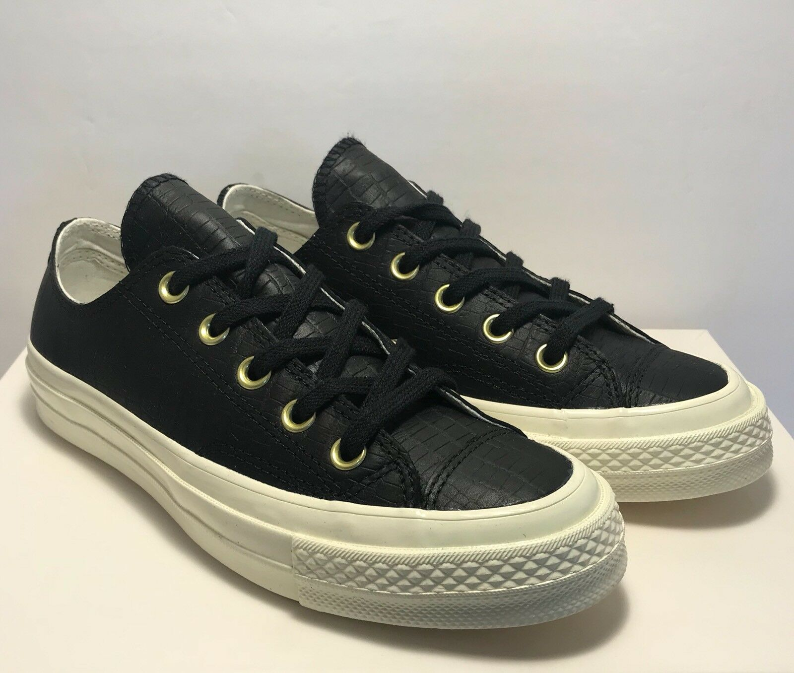 Converse Womens Size 7 First String CTAS 70 Reptile 1970 Black Leather shoes