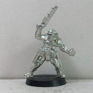 FidèLe Non-gw Metal Socle Compatible Pour Necromunda/inquisiteur/garde Impériale (17)-afficher Le Titre D'origine