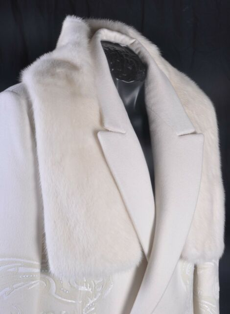 $5,530 NEW TOM FORD WHITE MINK FUR SCARF